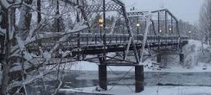 pedestrian bridge winter