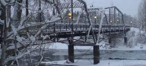 pedestrian bridge winter